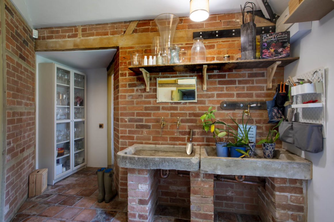 Abbotts Ann, Grade II Listed Property Refurbishment